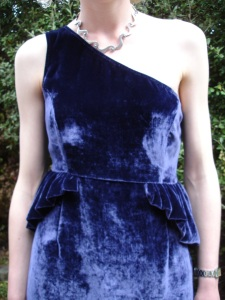 Helen wears dress by Charmaine Reveley. We should have followed Kelly Osbourne's advice on photographing velvet – smooth it down first!