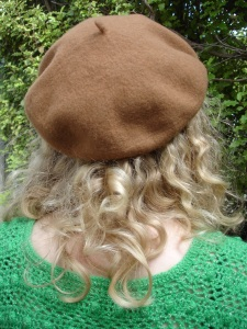 Dada Vintage wool beret ($15) – from iD Di Lusso Designer Sale