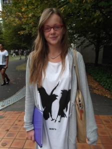 Nicola wears NOM*d 'Standoff Tee' from 'A Raven's Tale'.