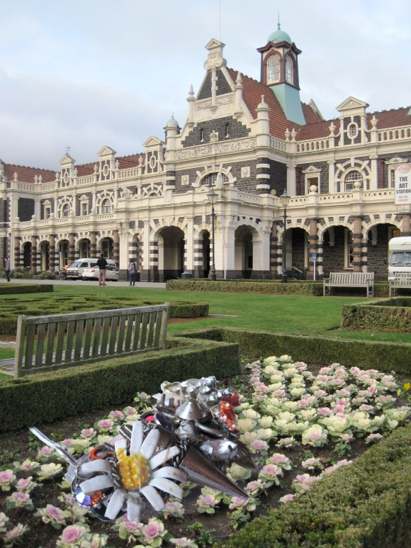 Underground Sundae necklace pushes up the daisies at the Dunedin Railway Station.