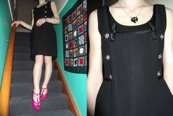 1960s vintage dress from June Loves Fred ($90) – The Vintage Roundup. Worn with shoes by Vivienne Westwood for Melissa, bracelet by Whiting and Davis, and wolf pendant by Wendy James.