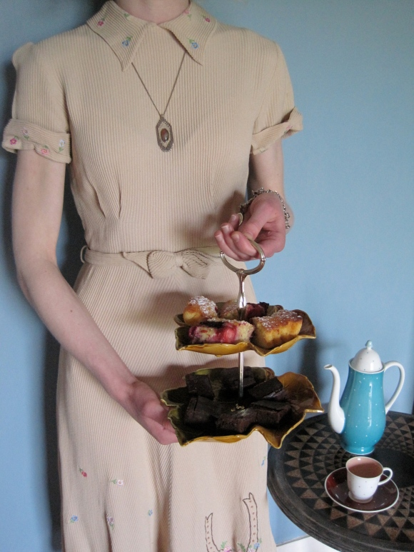 1930s/40s day dress from Two Squirrels Vintage worn with retro pendant from the Clothing Port (Port Chalmers). Cake stand from Broad Bay China holds cakes from Delicacy by Alison Lambert. Susie Cooper tea set from Dunedin Antiques Centre (sadly no longer there).