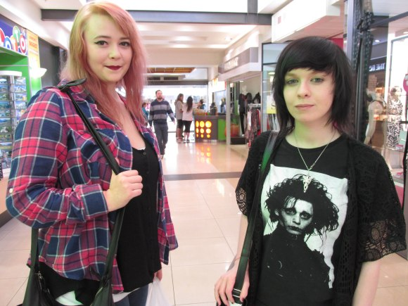 Amelia and Sam. Sam wears Lord of the Rings Evenstar pendant and Edward Scissorhands tee.