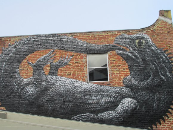 Tuatara on Bath Street (by Belgian street artist ROA, 2014)