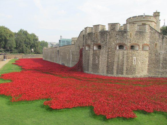 'Blood Swept Lands and Seas of Red': an installation, at the Tower of London, to commemorate 100 years since the start of the First World War