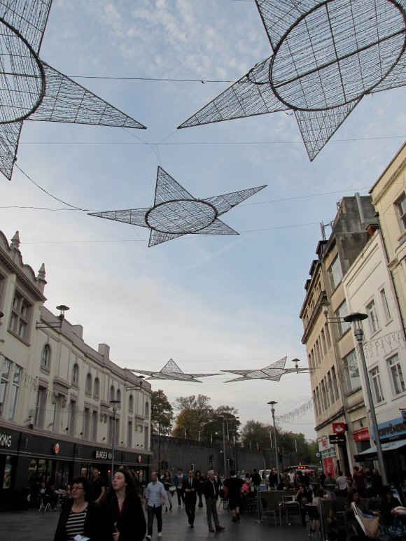 Christmas decorations, Cardiff