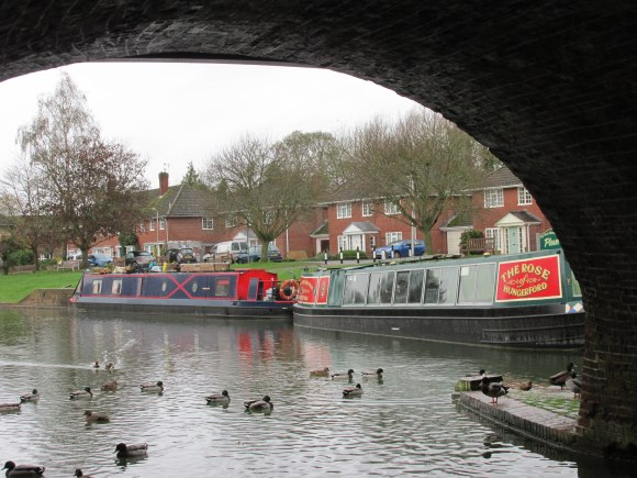 Narrow boats on Kennet and Avon Canal, Hungerford