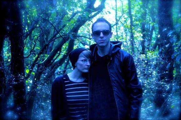 Strange Harvest: Justin Walshaw and Skye Strange (© Strange Harvest)